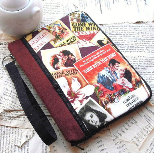 30 beautiful Kindle Touch covers, cases, sleeves, and skins