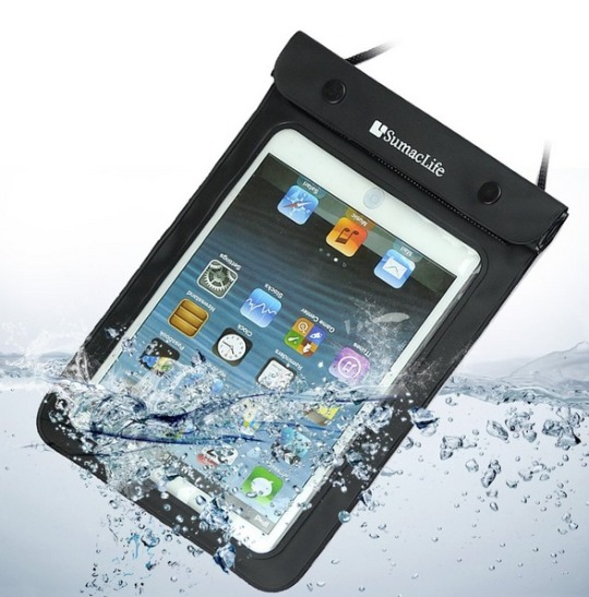 Gift ideas for ebook geeks: waterproof sleeve