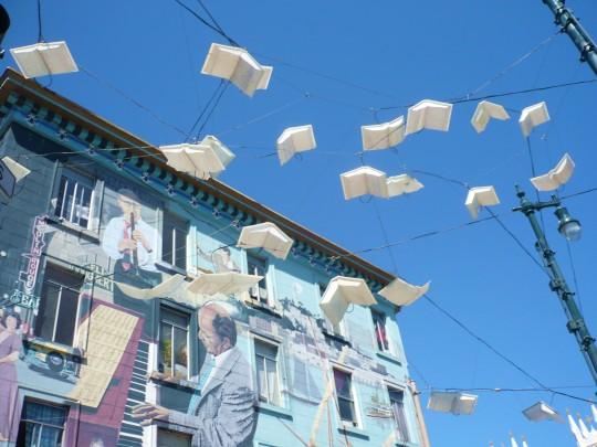 Street art - Flying Books
