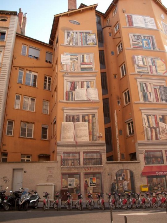 Street art - La Bibliotèque De La Cité