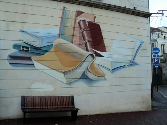 Street art - La Bibliotheque