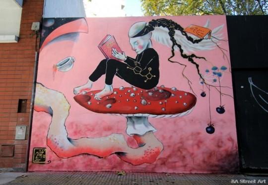 Arte de rua - Leitura Enquanto raízes crescendo