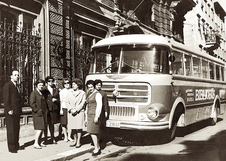 A bookbus of the Rijeka City Library, Croatia (at that time Yugoslavia), 1969