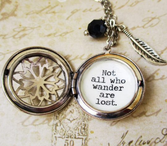 Akinto - bookish locket with a quote by J.R.R. Tolkien
