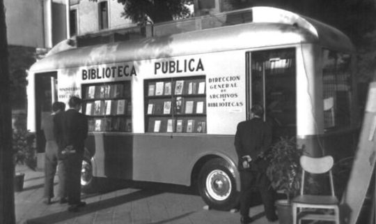 Bibliobus at the Madrid Book Fair