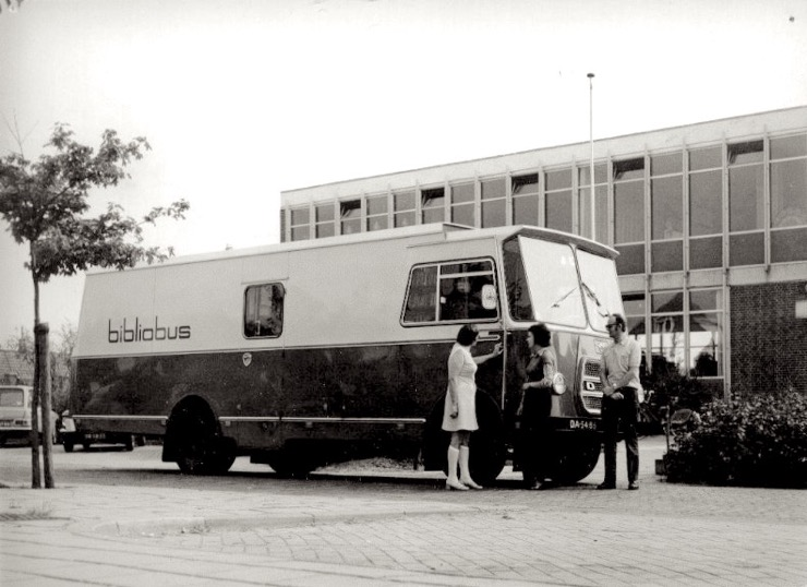 Bookmobiles from around the world: Bibliobus of the public library of Heerenveen the Netherlands