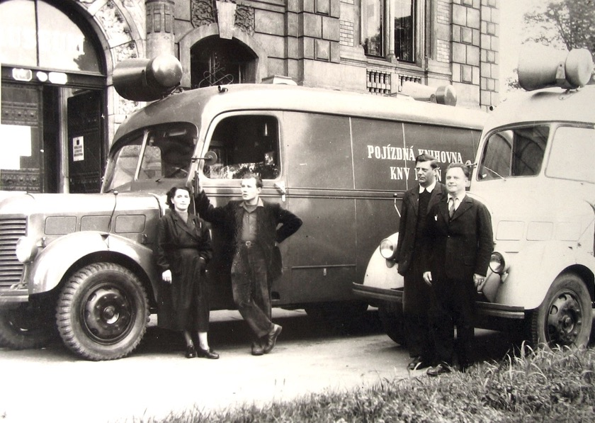 Bookmobiles of the Pilsen Public Library 1950s