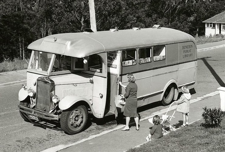 Gertie - a bookmobile of the Dunedin Public Library / most awesome bookmobiles in the world