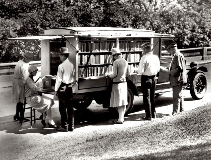 The first bookmobile of the Public Library of Cincinnati & Hamilton County, 1927