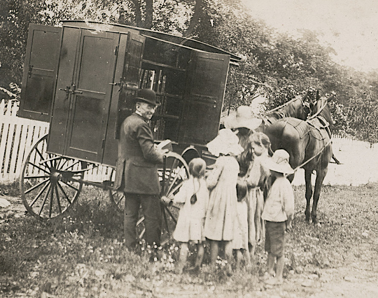 The first bookmobile in the US - a bookwagon of the Washington County Public Library