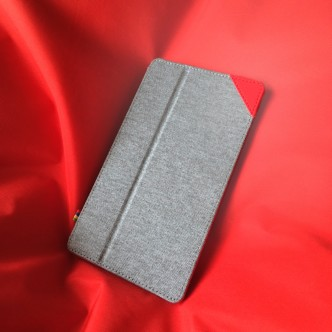 Google Nexus 7 cover - front on red