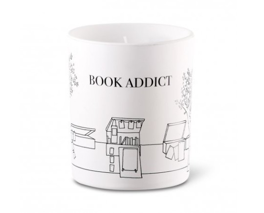 Book-scented candles: The Book Addict Candle