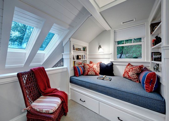 Attic reading nook by Kathryn Johnson Interiors