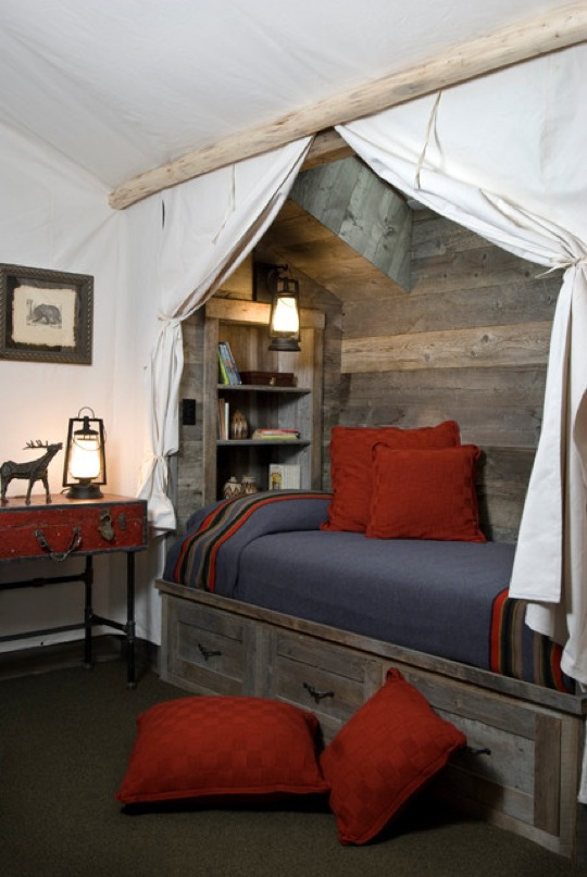 Rustic reading nook by Montana Reclaimed Lumber Co