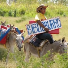 Biblioburro - a mobile #library on two donkeys