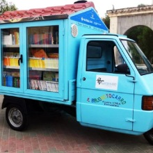 Il Bibliomotocarro - a #library on wheels built by Antonio La Cava