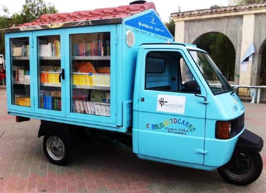 Il Bibliomotocarro - a #library on wheels built by Antonio La Cava