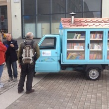 Il Bibliomotocarro - a wonderful Italian bookmobile on tour