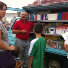 Antonio La Cava in front of his #bookmobile - Il Bibliomotocarro