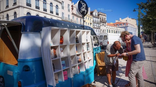 Tell a Story library van Portuguese classics that have been translated into English, French, Italian, German and Spanish