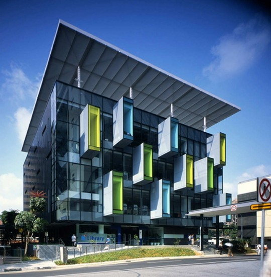 Bishan public library in singapore is a metaphor of a tree house modern libraries