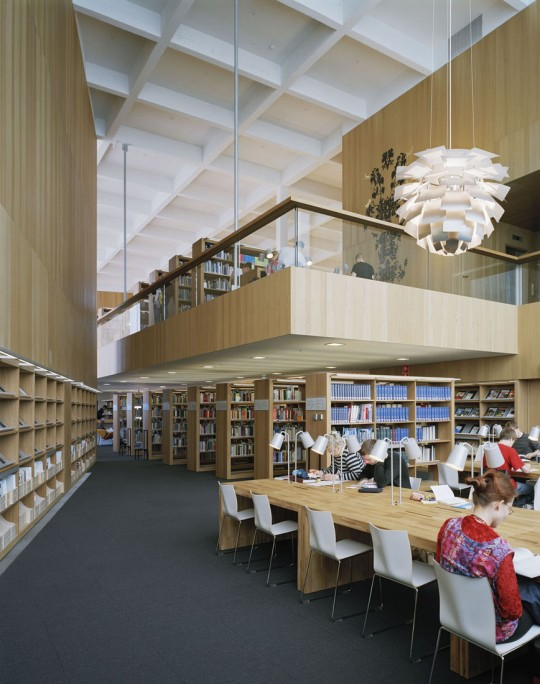Turku City Library - inside