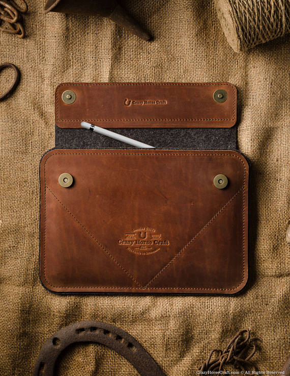 Crazy Horse iPad Leather and Felt Sleeve