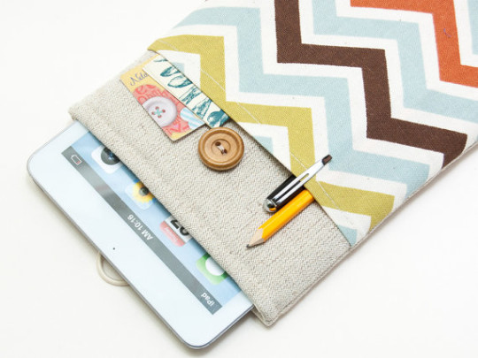BluCase Sleeve for Kobo Aura and Aura HD