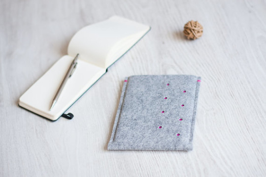 Phocket Felt E-reader Sleeve