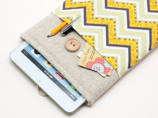 BluCase Chevron iPad Mini 4 Sleeve