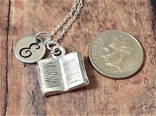 Gifts for book lovers: Book Necklace