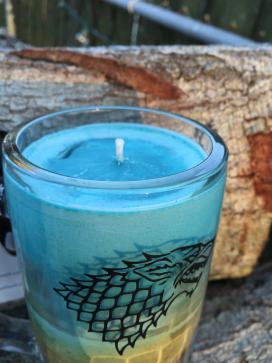 """Game of Thrones"" House Stark Candle"