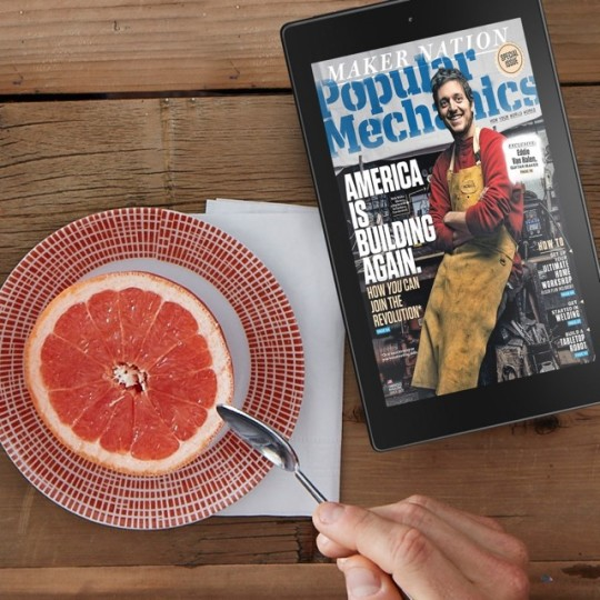 Amazon Fire HD 8 - reading magazines