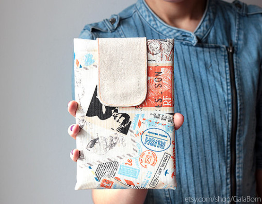 Gala Born Kobo and iPad sleeve - best gifts for book lovers
