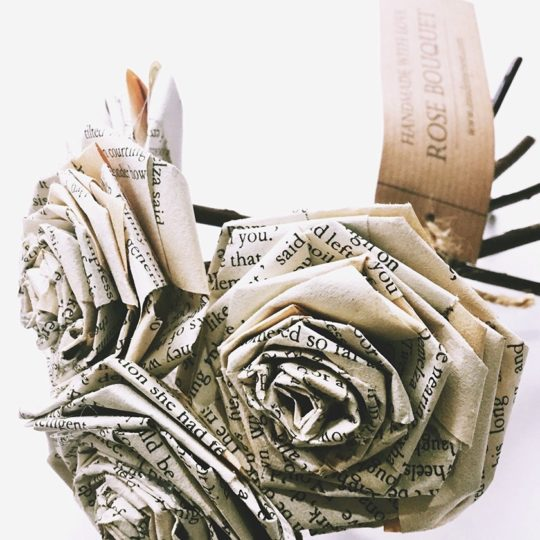 Valentine's Day home decor ideas - Book Paper Rose Bouquet