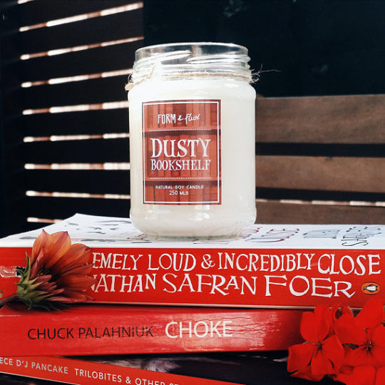 Valentine's Day home decor ideas - Dusty Bookshelf scented Candle