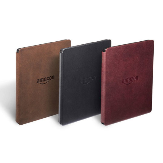 Kindle Oasis comes with a charging cover in three colors