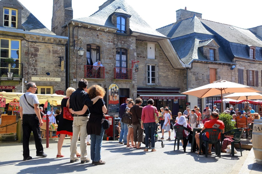 Book towns: Bécherel - one of the book events