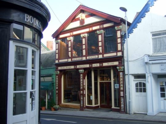 Book towns: Hay on Wye - Richard Booth's bookshop