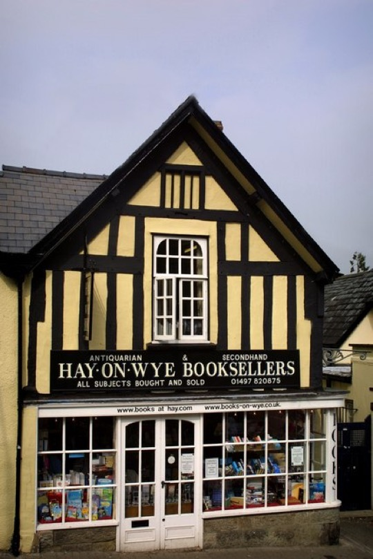 Book towns: Hay on Wye - Second Hand Booksellers