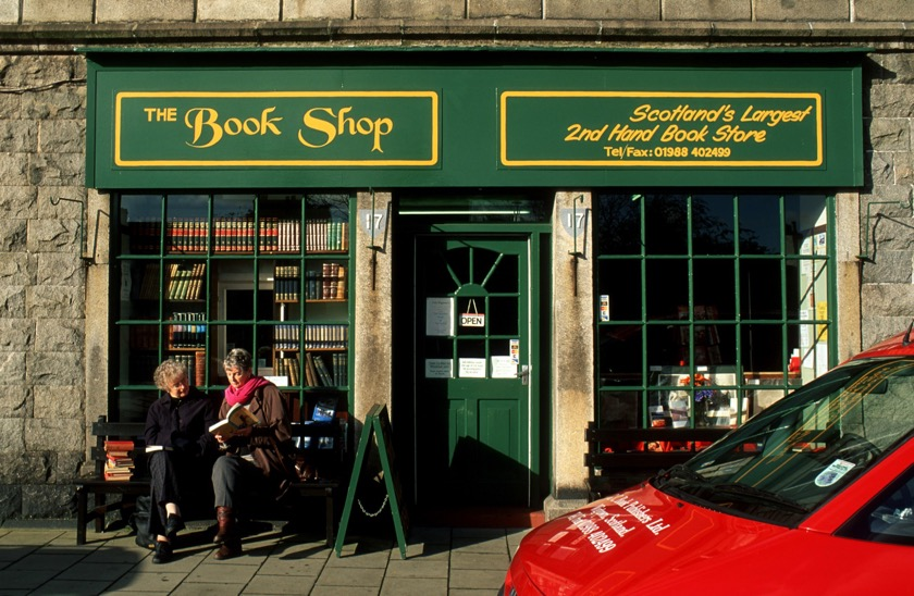Book towns: Wigtown - in front of The Book Shop