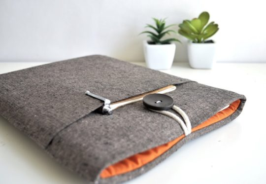Amazon Handmade: Kindle sleeves from Bertie's Closet
