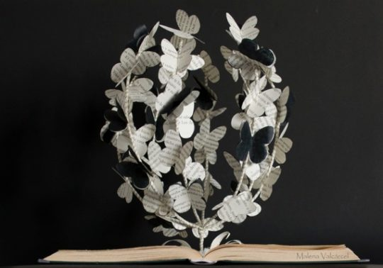 Book sculptures are great gifts for book lovers