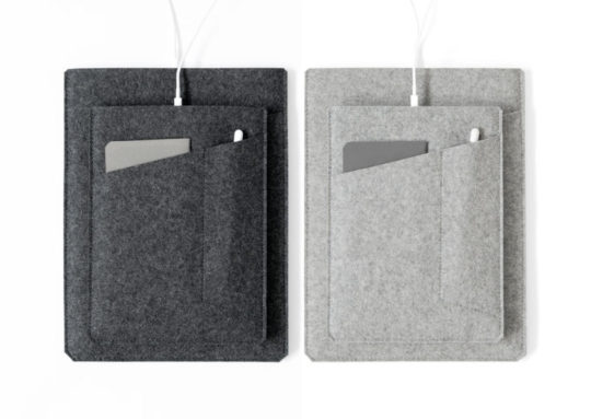 Byrd & Belle iPad 9.7 2017 Felt Sleeve