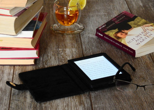 Kindle MatchBook - gift ideas for mother or father