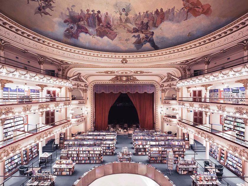 El Ateneo Library