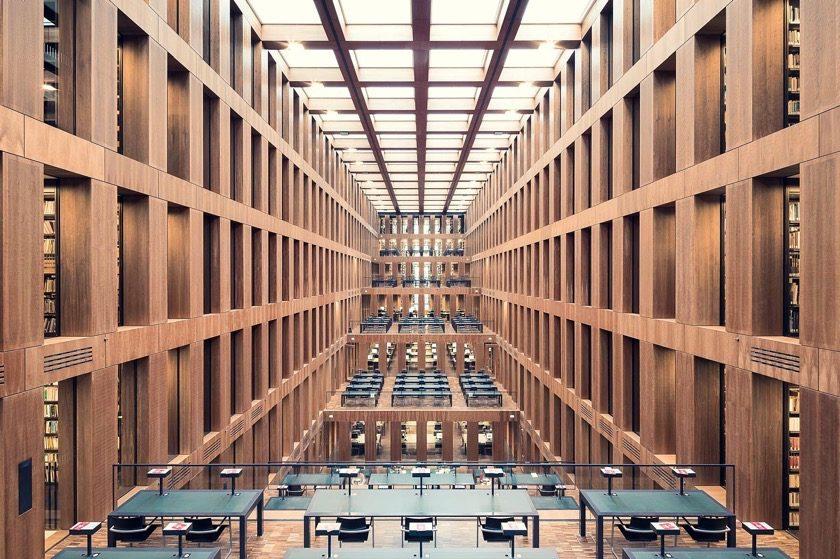 Grimm Zentrum Library