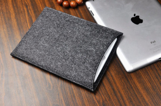 Dark gray felt sleeve for Amazon Kindle Fire tablet 7-inch