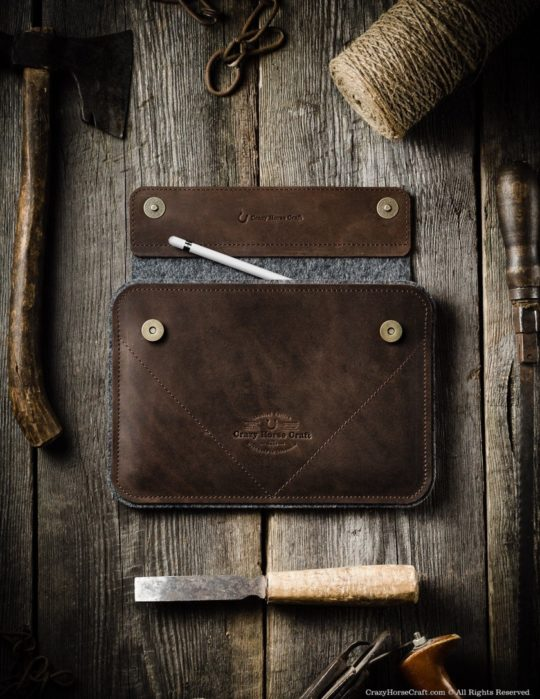 Crazy Horse iPad Pro 12.9 Leather and Felt Sleeve