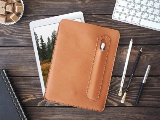 Inside Gift iPad Pro 10.5 Leather Sleeve with Pen Holder